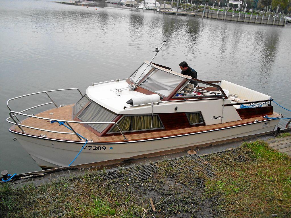 motorboot motorboot werftbau kaufen. Black Bedroom Furniture Sets. Home Design Ideas