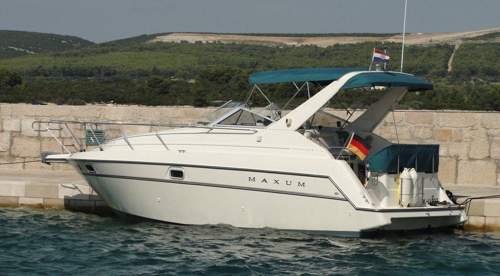 motorboot maxum 2700 scr kaufen. Black Bedroom Furniture Sets. Home Design Ideas